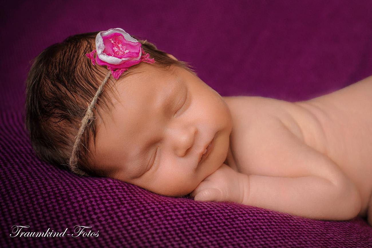 Traumkind Fotos Newborn Fotos Essen 1 - Babyfotos