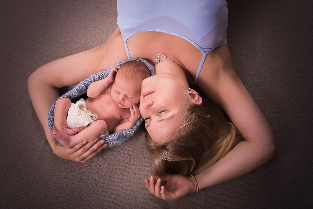 Traumkind Fotos Newbornshooting Essen 2 - Babyfotos